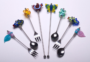 Beadable spoons and forks